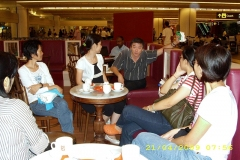 Arr-@Airport-2009-04-21-001